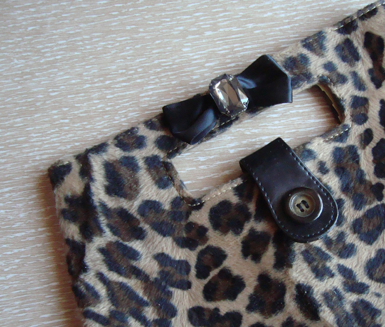Leopard Bow Purse